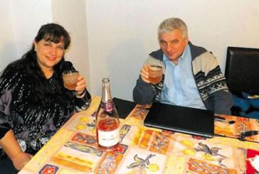 Най-известното българско шахматно семейство Кирил и Емилия Георгиеви вдигнаха наздравици за 27 г. от сватбата си