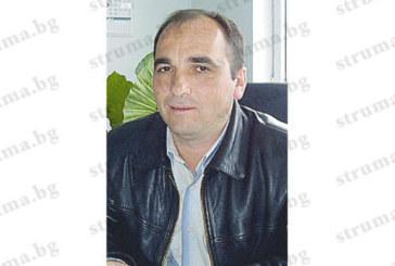 Търговецът на строителни материали Н. Андреев-Каята срязал гумите на джипа на ВиК шефа в Сандански Т. Гикенски
