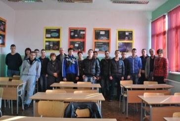 Абитуриенти от Кюстендил първи на регионално състезание по електроенергетика