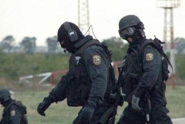 """ОТ ПОСЛЕДНИТЕ МИНУТИ! 20 командоси от елитния отряд """"Кобра"""" арестува край Перник най-мощната банда автокрадци /СНИМКИ/"""