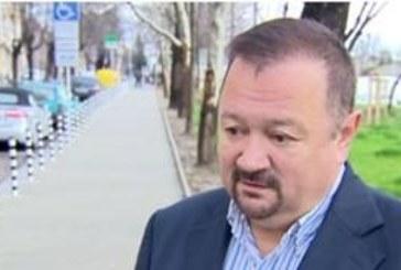 Така работят чиновниците в България! Държавен служител 6 г. не ходи на работа, получава заплата
