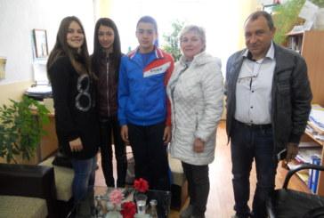 3-ма ученици от петричкото с. Първомай се класираха за националния кръг на олимпиадата по история