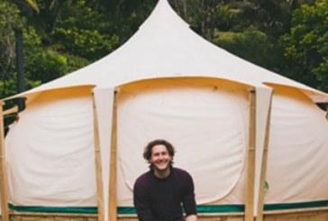 Този мъж се отказа от всичко, за да заживее в палатка, но като надникнеш вътре и видиш какво има и ти ще поискаш (СНИМКИ)