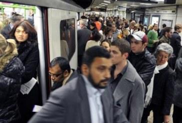 НЕЩО СТАВА И В ЛОНДОН! Хора бягат от метрото!