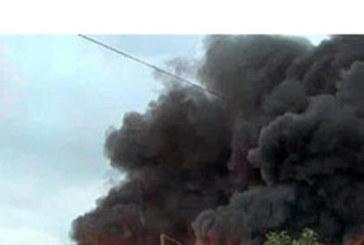 ОГНЕН АД! Влак избухна в пламъци (ВИДЕО)