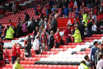 """Евакуират """"Олд Трафорд"""", мачът между Юнайтед и Борнемут е отложен"""