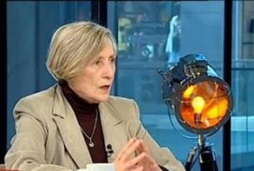 Нешка Робева: Отказах ордена, за да не затруднявам президента