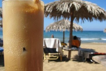 Гърция качи цените, кафето на плажа – не