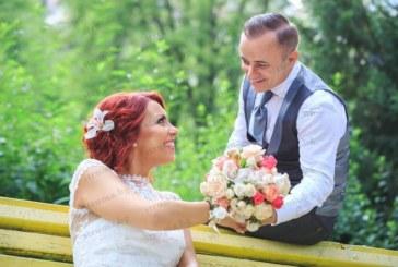 Стотици поздравления получи санданският депутат Ат. Стоянов за 1 г. като семеен мъж