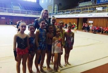 """Неврокопските грации от """"Пирин М"""" дебютираха на турнир в Унгария"""