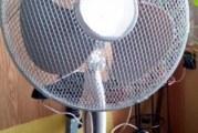 Вижте как да превърнете обикновения вентилатор в мощен климатик, без да похарчите и стотинка!