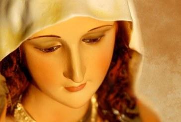 Чудо в селска църква! Статуя на Дева Мария заплака с кървави сълзи