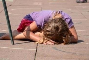 Изповедта на една майка разтърси нета: Често плача, плача много, дъщеря ми е грозна и съм отчаяна