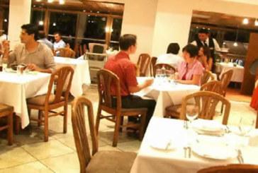 Ресторант глобява клиенти за грубо отношение към персонала