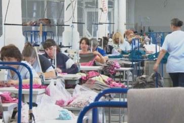 Шивачки от Благоевградско цакат работодатели, бягат зад граница с фиктивни болнични