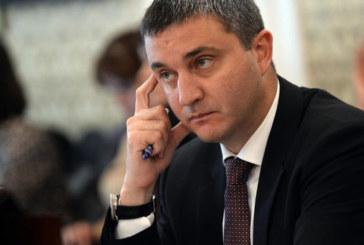Горанов: Няма да има оставка преди 2-ия тур на изборите