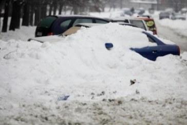 СТРАШНА ТРАГЕДИЯ! 12-г. момче умря в преспите, затрупано от снегорин