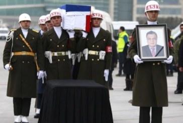 Погребват убития в Турция руски посланик
