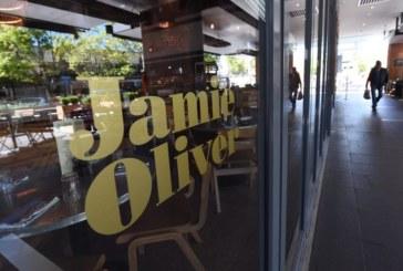 Джейми Оливър закрива шест ресторанта във Великобритания