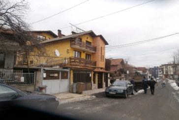 Банскалия: Арестуваха В. Мавриков след сигнал на съседа му Пръчков, имат си стари дрязги, и миналата година му иззеха три коли, после му ги върнаха (OБНОВЕНО)