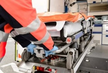 Линейка с новородено катастрофира тежко