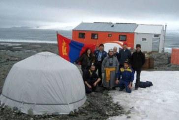 На косъм от смъртта! Испанци спасяват 8 наши полярници от експедицията в Антарктика