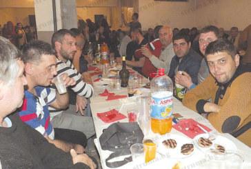 Банкет с томбола и забавни игри вдигна за цялото село сурвакарската група от Изгрев