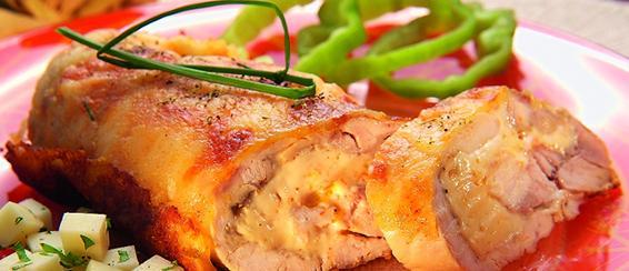 Пилешко руло с кашкавал и шунка