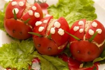 Пълнени домати с гъби
