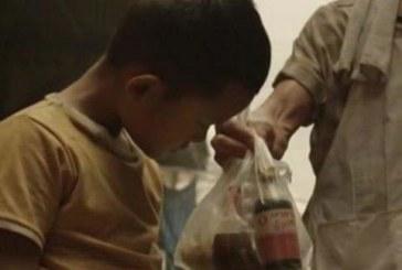 Веднъж преди много години човек помага на непознато дете! Какво се случва 30 години по-късно?