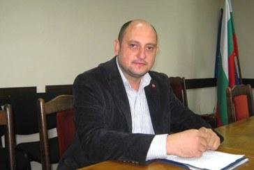 Кум и кумашин от Дупница в люта битка за парламента