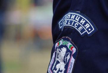 Едно дърво привлече вниманието на полицаи от Сандански, какво намериха там