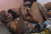 Жена сгащи мъжа си в леглото с 20-годишна, стана страшно / ШОКИРАЩО ВИДЕО/