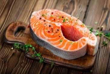 Мазната риба намалява ефекта от вредната храна