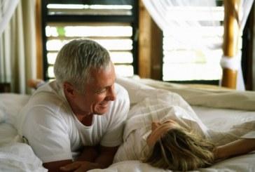 Сексът е опасен за мъжете над 55 години, за жените – здраве