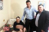 Две столетнички празнуваха рожден дeн в Петричко, кметът Д. Бръчков ги поздрави лично