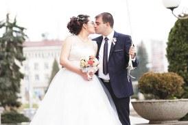 Младежкият лидер на БСП – Перник вдигна пищна сватба с ЮЗУ студентка, преди година спечели и кола от лотарията