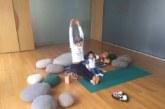 Вили Марковска учи бебета на йога (СНИМКА)