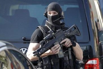 Шок! Таткото на нападателя във Франция – уважаван политик