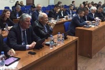 """Съветниците в Благоевград решиха: Отпускат 5000 лв. за бъбречна трансплантация на юноша на """"Пирин"""""""