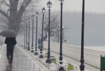 СТРАШНА ПРОГНОЗА! Чака ни потоп! Известен климатолог предвижда много вода над България, сняг и лавини в планините