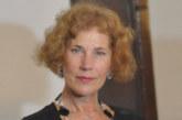Нов удар за Елена Поптодорова! МВнР обяви за невалиден дипломатическия й паспорт