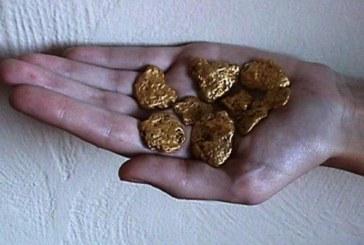 35-годишна намери парче злато на пътя! Мислеше, че е ударила джакпота, но проклятието я застигна мигновено!