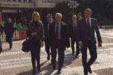 Кметът Ат. Камбитов посрещна служебния премиер О. Герджиков в Благоевград с въпрос: Кога ще се разплатят договорите по санираните блокове?
