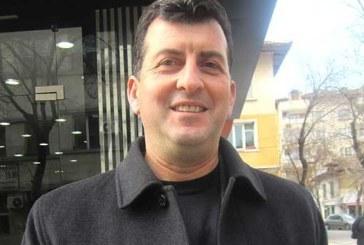 Бившият зам. областен управител А. Адемов, обиден, напуснал ГЕРБ, не работил за победата
