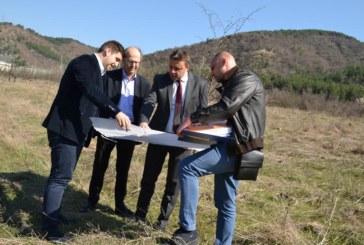 Кметът Камбитов обсъди идеи за развитието на Благоевград с директора на Европейската ЖП асоциация Филип Ситроен и евродепутата Андрей Новаков