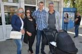 Новоизбраният депутат от Симитли Ст. Апостолов ще продължи да свири мачове като футболен съдия, дарява част от заплатата си за ин витро