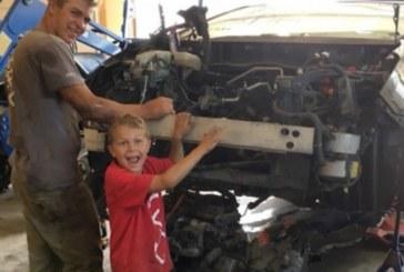 Малък герой! 8-годишно момче спаси баща си от сигурна смърт