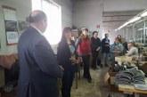 Кандидатите за народни представители Даниела Савеклиева и Пламен Поюков се срещнаха с работещи в шивашки цехове в община Сатовча