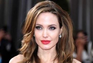 Анджелина Джоли се замеси в страшен скандал, може да загуби едно от децата